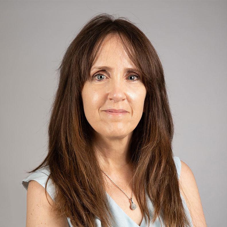 Peggy Scheu, Elmhurst University