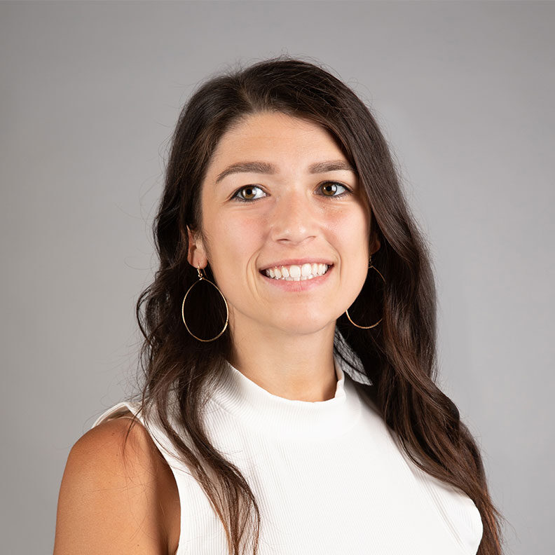 Amanda Santucci, Elmhurst University