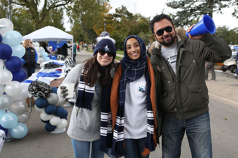 Elmhurst College students come together for Homecoming events.