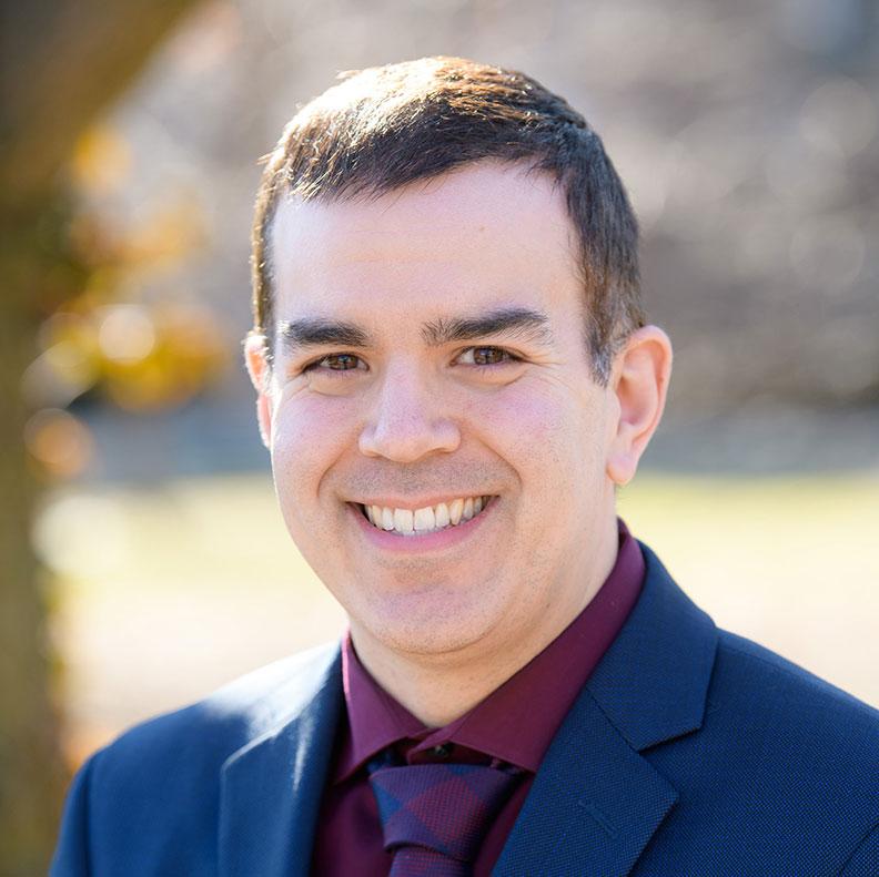 Tim O'Toole, member of the Elmhurst University Alumni Association Board of Directors.