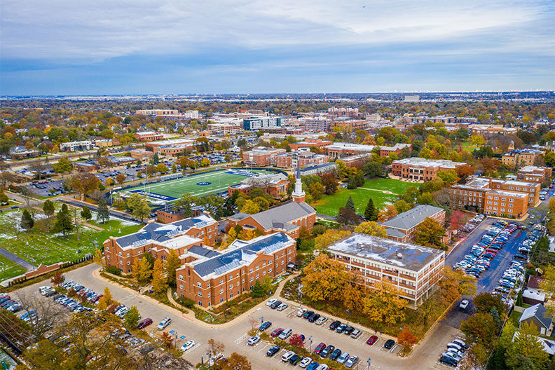 An aerial photo of the Elmhurst University campus.