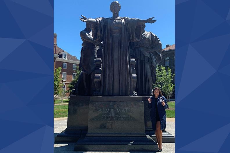Elizabeth Rataj, statue