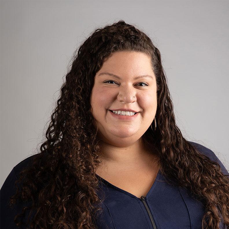 Kelly Pizarro, Elmhurst University